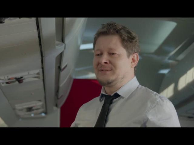 """Gina și Malone, scandal în avion: """"Să vină pilotul automat!"""""""