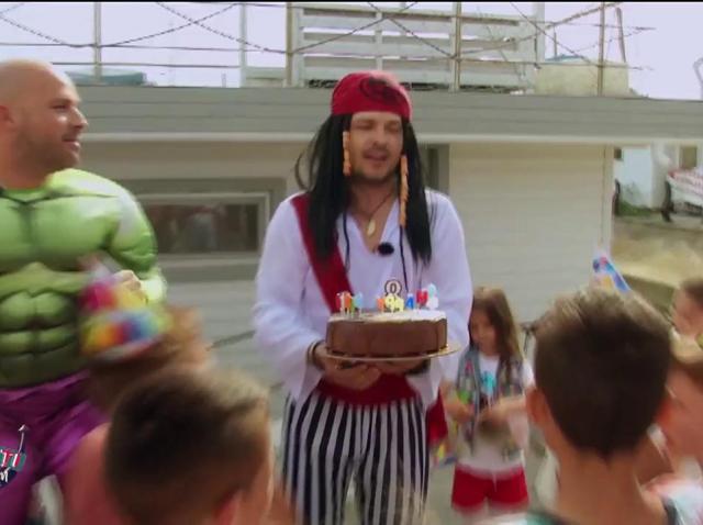 Piraţii din Caraibe 6. Liviu Vârciu, în rolul căpitanului Căpitanul Jack Sparrow!