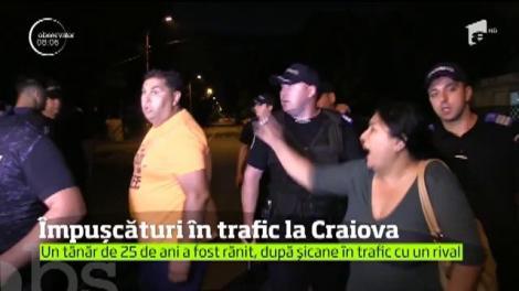 A fost scandal mare în Craiova. Împuşcături în trafic, bătaie cu sticle şi înjurături