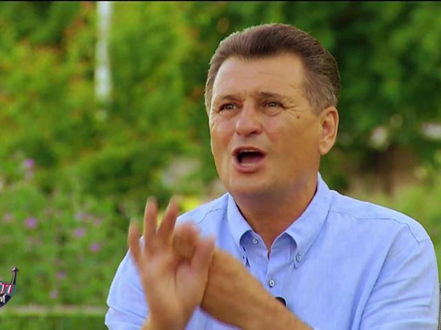 """Înfruntarea finală! Nea Mărin a pus biciul pe ei! Liviu Vârciu a cedat nervos """"Vă sparg toate sticlele de vin"""""""
