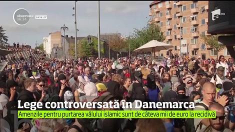 Proteste în Danemarca după intrarea în vigoarea a unei legi care interzice, printre altele, purtarea vălului islamic