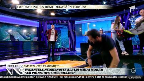 """Râzi cu lacrimi! Mihai Morar a montat un cort în platoul """"Xtra Night Show""""!"""