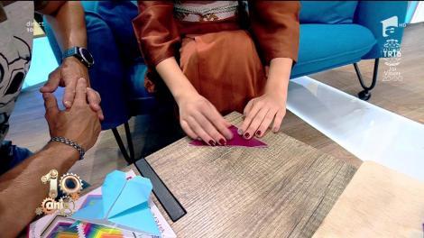 Cum să faci un semn de carte în formă de inimă din hârtie