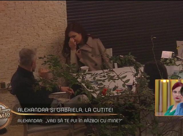 """Fetele sunt la cuțite. Alexandra către Gabriela: """"Vrei să te pui în război cu mine?"""""""