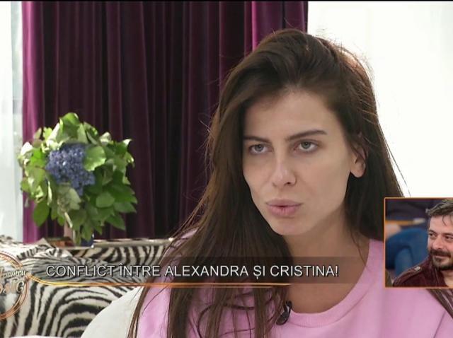 """Conflict în casa fetelor! Alexandra către Cristina: """"Ridici coada ca și cum ai fi o cățea"""""""