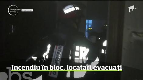 Incendiu într-un bloc din centrul municipiului Arad, locatari evacuați