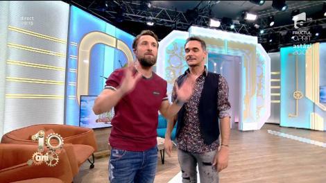 """Dani adoptă un nou stil vestimentar! Răzvan: """"Ești singurul dintre noi care zâmbește și când ești întors cu spatele"""""""