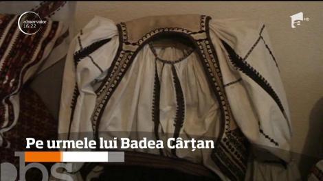 Îmbrăcaţi în costume populare, 23 de tineri vâlceni au refăcut călătoria iniţiatică a lui Badea Cârţan