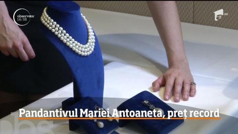 Un pandantiv cu perlă şi diamante care i-a aparţinut Mariei Antoaneta a fost vândut cu un preţ record: 36 de milioane de dolari