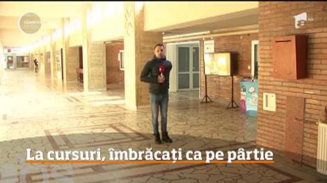 Studenții de la Universitatea de Petrol şi Gaze din Ploieşti, îmbrăcați ca pe pârtie la cursuri