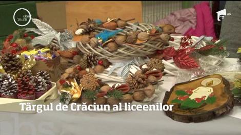 Târgul de Crăciun al liceenilor din Ploiești