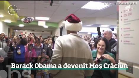 Fostul preşedinte american Barack Obama continuă să uimească. De data aceasta, a jucat rolul lui Moş Crăciun, pentru zeci de copii