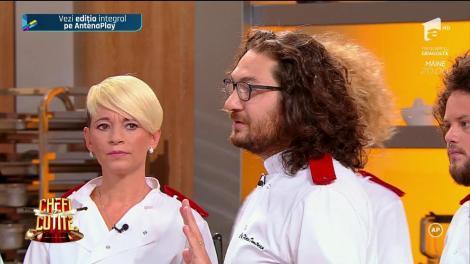 """Chef Bontea şi-a folosit o amuletă care i-a dat o lovitură cruntă lui Chef Dumitrescu! """"Cuţitul de aur"""" ales el a ajuns în echipa albastră!"""