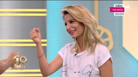 """""""Piatră, foarfecă, hărtie"""" cu Ana Baniciu și Dani Oțil"""