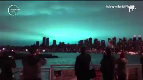Tot internetul a râs cu lacrimi! Explozia unui transformator i-a făcut pe locuitorii din New York să creadă că sunt atacaţi de extratereştri