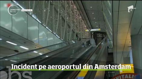 Panică la aeroport! Un bărbat a anunţat că are o bombă asupra sa – VIDEO