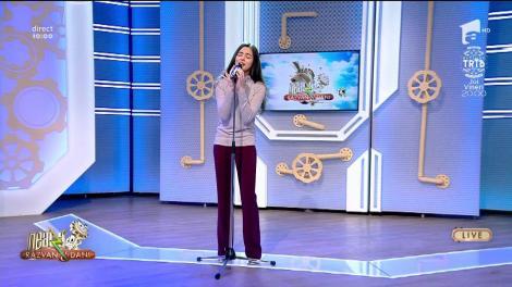 """Laura Bretan cântă, la Neatza, melodia """"Dear Father"""""""