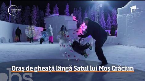 Satul lui Moş Crăciun, varianta de gheaţă, continuă să aibă vizitatori chiar dacă Sărbătorile au trecut
