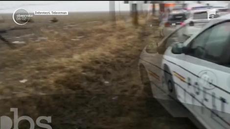Ploaia de gheaţă a provocat tragedii şi accidente în lanţ, a închis drumuri şi a izolat localităţi