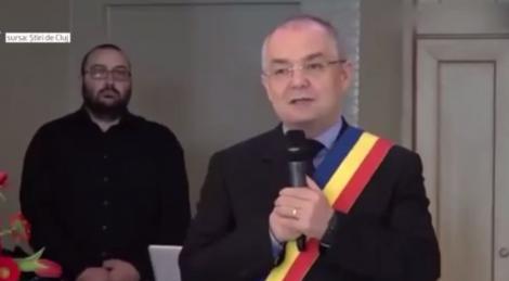 Culmea momentelor penibile, care l-au avut ca protagonist pe fostul premier Emil Boc, a avut loc la Cluj Napoca