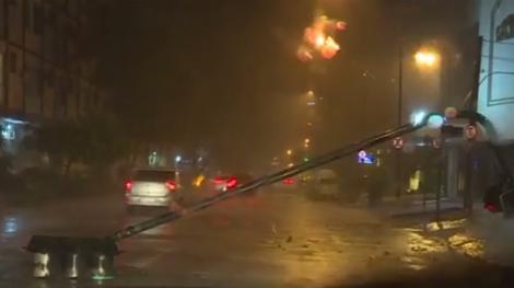 Cel puţin cinci oameni au murit în timpul unei furtuni puternice care s-a abătut asupra oraşului Rio de Janeiro