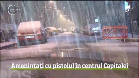 """Amenințări cu pistolul, în centrul Capitalei! Mai mulți oameni au fost îngroziți. """"Avea ochii roșii, tulburi"""" - Video"""