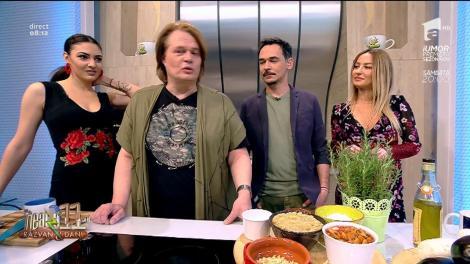Rețeta zilei: Vlăduţ gătește vinete preferate. O altfel de salată de vinete combinată cu ciuperci și alte ingrediente.