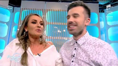 """Diana Munteanu și Florin Ristei s-au căsătorit în direct, în fața sosiei Vioricăi Dăncilă: """"Vă rog să vă sărutați!"""""""