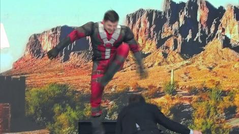 """Super-eroul Deadpool, demascat la """"Scena Misterelor""""! Nea Mărin: """"Toată lumea șite cine este"""""""