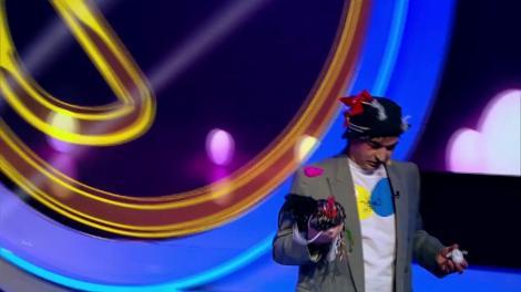 """Viorel Țicu, cel mai plictisitor concurent de la iUmor! Delia: """"Nu se poate, a picat curentul"""""""