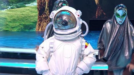 Demascarea Astronautului. Vedeta din spatele măștii are 11 frați