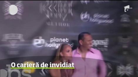 Jennifer Lopez arată formidabil la 49 de ani