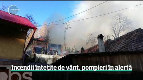 O casă a ars în Râșnov! Peste 30 de pompieri au intervenit cu 6 autospeciale