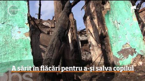 Un bebeluş de numai un an dintr-o comună vasluiană luptă să trăiască la Spitalul Grigore Alexandrescu din Capitală, după ce a a suferit arsuri pe 70% din suprafaţa corpului
