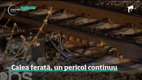 Mai mulţi hoţi au furat cablurile de alimentare a instalaţiei de dirijare a traficului feroviar, în apropiere de Titu