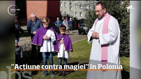 Mai multi preoți din Polonia au ars cărți cu Harry Potter, considerate un sacrilegiu