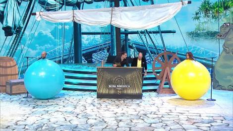 Masca căpitanul Hook, lupta pentru indicii. Cosmin Seleși și Raluka au intrat într-un balon uriaș!