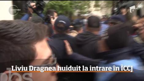 Liviu Dragnea a fost huiduit la intrare în Înalta Curte de Casaţie şi Justiţie