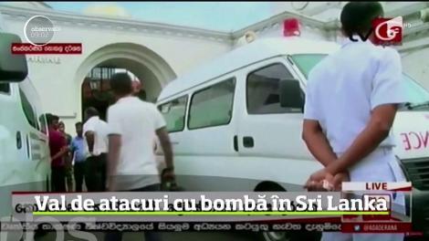 Atentate cu bombă în Colombo, capitala republicii Sri Lanka. Exploziile s-au produs și în trei biserici, chiar în timpul slujbei  de Paşte. Zeci de persoane au murit