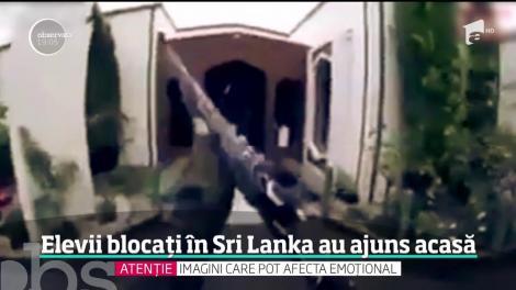 Elevii blocaţi timp de trei zile în mijlocul atentatelor din Sri Lanka s-au întors astăzi acasă. Un psiholog i-a consiliat chiar la sosirea pe aeroport