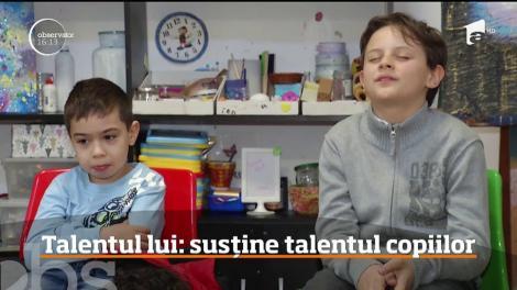 Un tânăr crescut în centrele de plasament a luat în grija lui zeci de adolescenţi supradotaţi pe care îi ajută să-şi descopere talentul