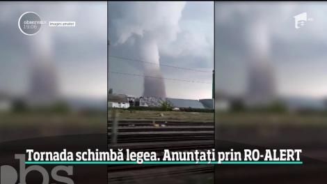 Tornada, care a distrus trei sate, schimbă sistemul Ro Alert. Românii vor primi alertă pe mobil atunci când sunt în pericol