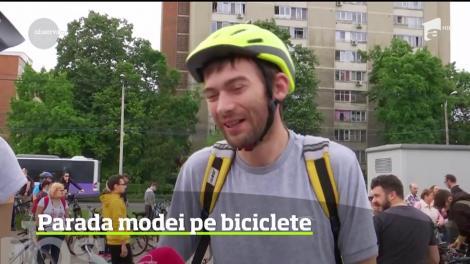 A fost spectacol de culoare pe două roţi, la Timişoara! Mii de biciclişti au pedalat prin oraş în ţinute care mai de care mai vesele