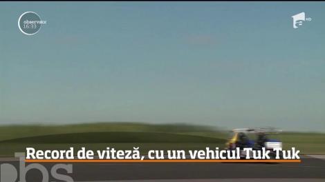 Record de viteză, cu un vehicul Tuk Tuk