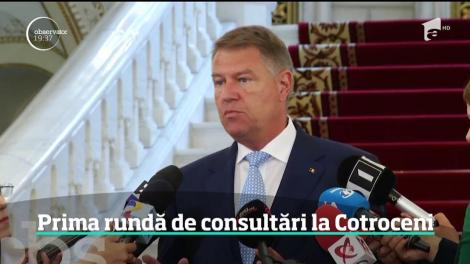 Consultări cu miză dublă la Cotroceni. Preşedintele a început discuţiile pentru modificarea Constituţiei