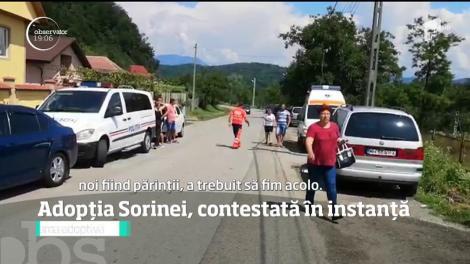 Răsturnare de situaţie în cazul Sorinei, fetița de șapte ani. Procurorul General al României contestă adopţia şi cere ca familia din America să nu plece cu cea mică din ţară
