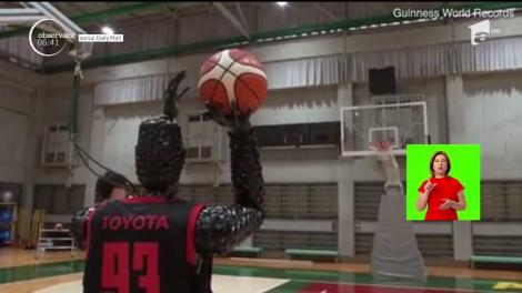Un robot le dă clasă chiar şi celor mai buni basketbalişti din lume