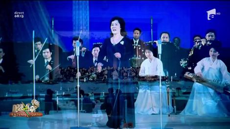 """Ce moment! Melodia """"Românie, Românie"""", cântată la perfecţie de o orchestră din Coreea la vizita lui Ceauşescu"""
