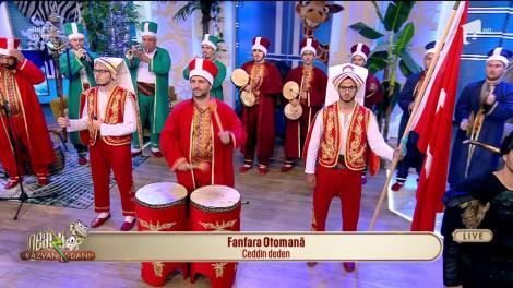 Turcii au năvălit la Neatza cu Răzvan și Dani! Fanfara Otomană interpretează Ceddin deden