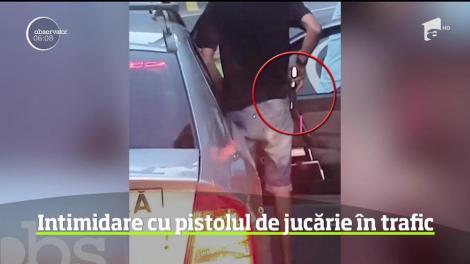 Un şofer a încercat să facă legea pe DN1 cu pistolul. În coloana formată pe Valea Prahovei, acesta a scos arma la un alt şofer